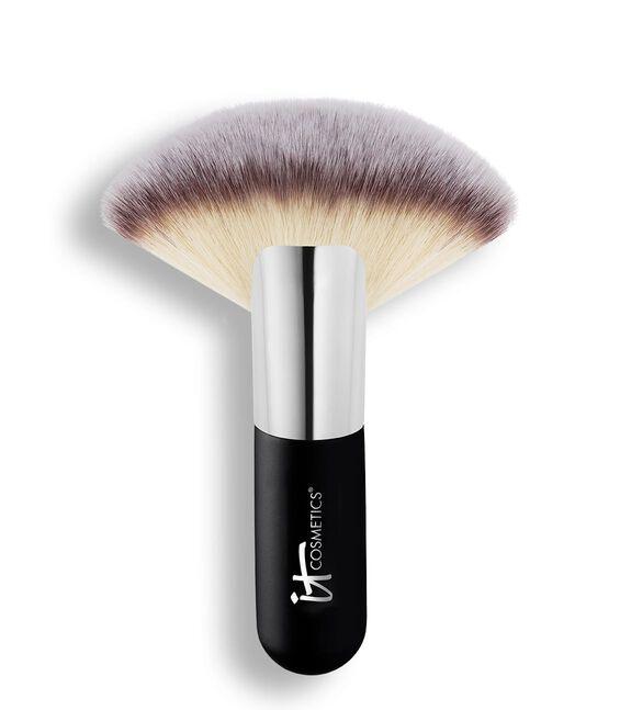 Heavenly Luxe Mega Fan Brush 9