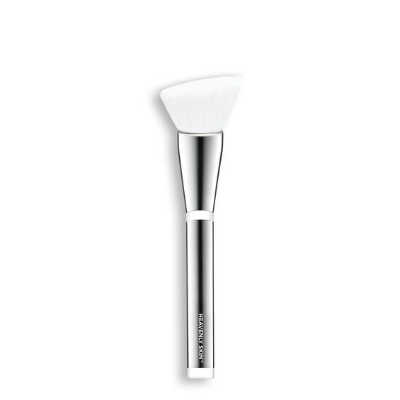 Heavenly Skin™ Skin Smoothing Complexion Brush #704 Main Image