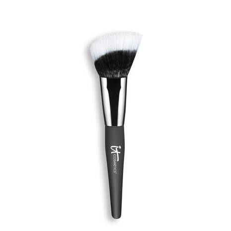 Heavenly Luxe Angled Radiance Creme Brush